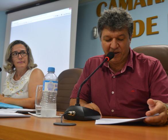 Legislativo aprova dez projetos em sessão extraordinária